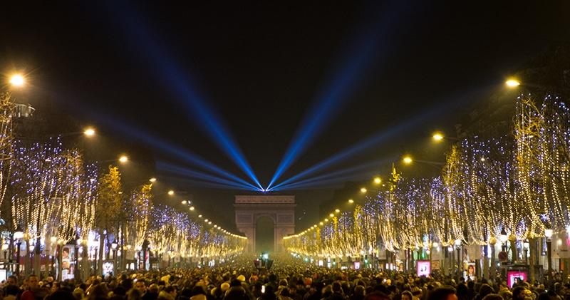 Ano Novo na Champs Elysees Paris