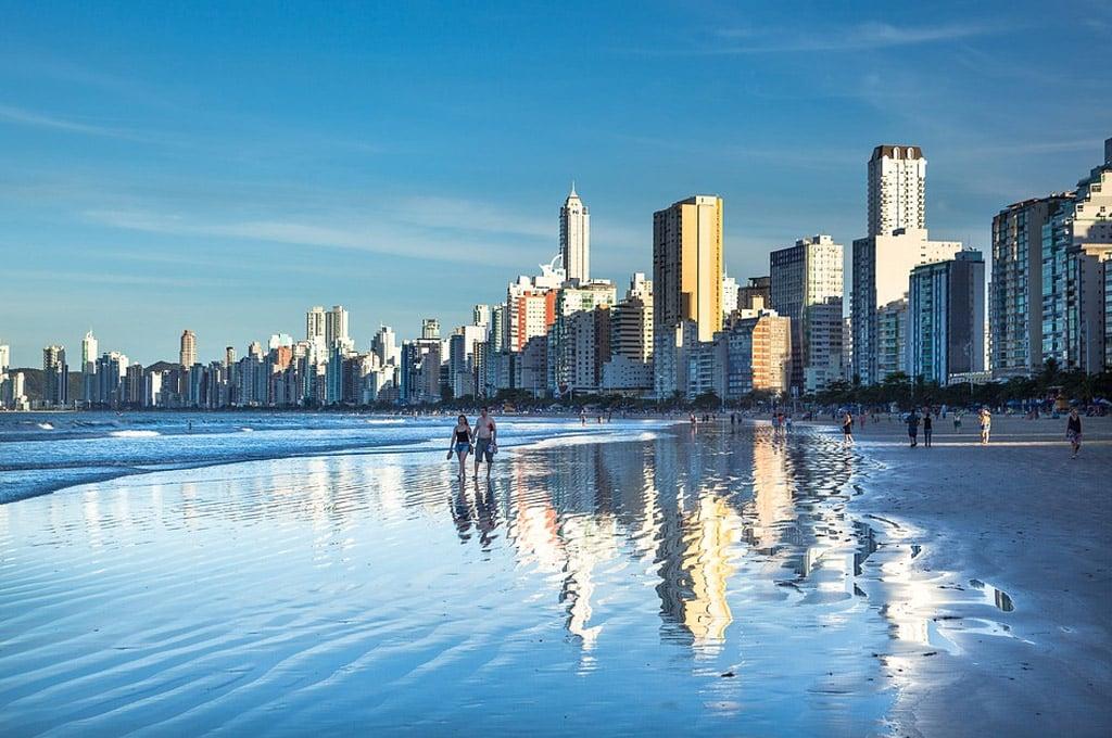 distancia de Florianópolis a balneario camboriu