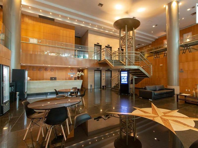 Quais os hotéis em Belo Horizonte quatro estrelas bons