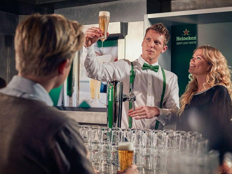 Passeio com cerveja na Holanda