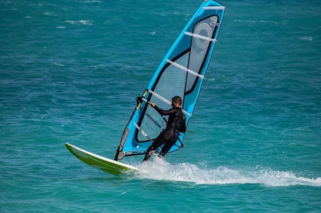 onde fazer windsurf em Florianópolis