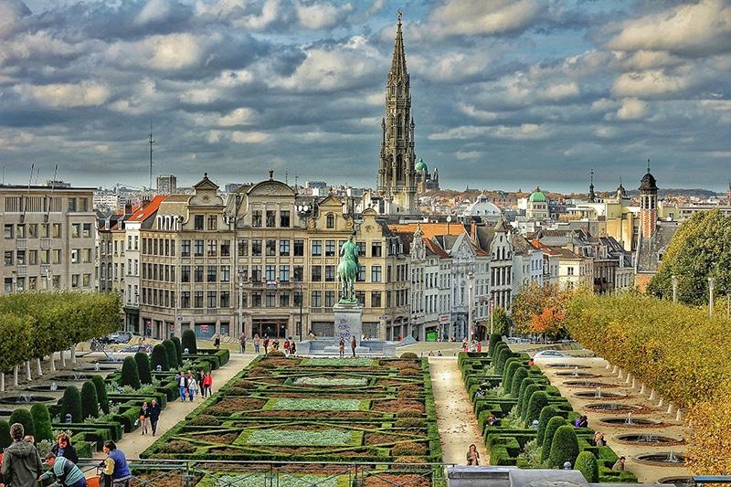 Roteiro na França, Bélgica e Holanda à noite