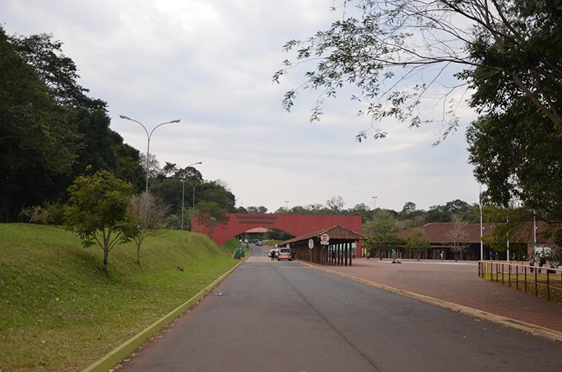 qual a diferença do lado brasileiro das cataratas