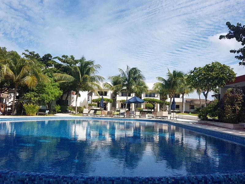 cancun fica no caribe