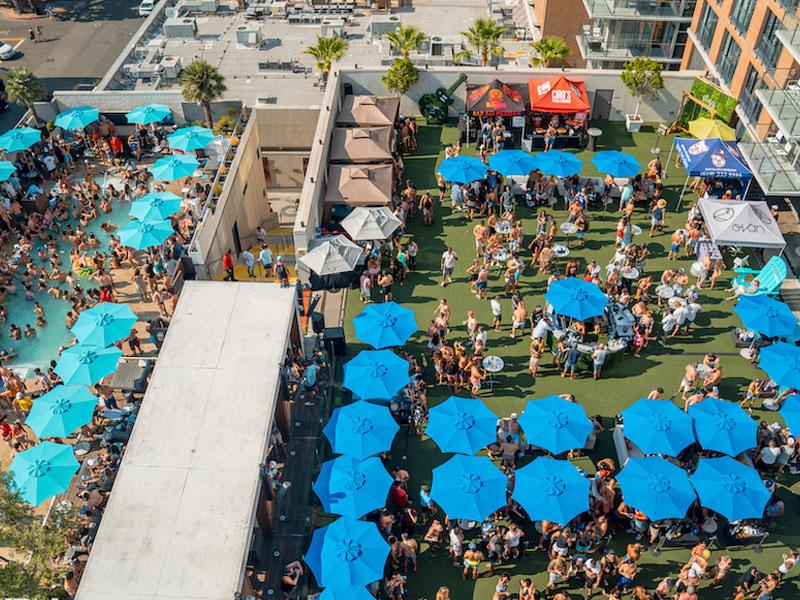 Festas na piscina em San Diego