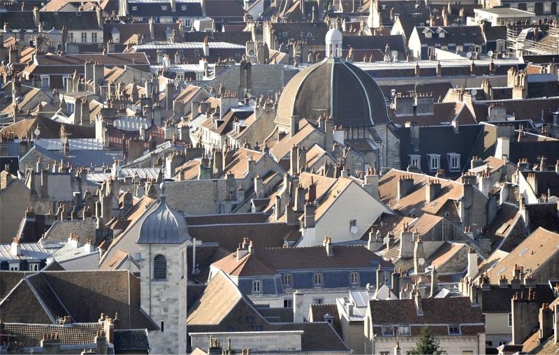 cidades baratas na França para brasileiros