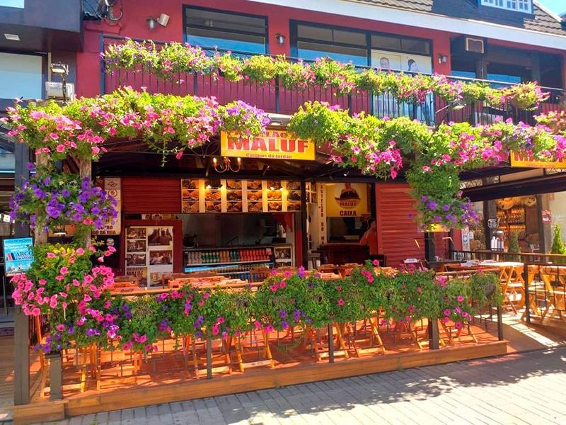 Restaurante em Capivari, em Campos