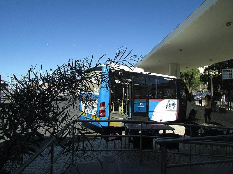 Ônibus de Faro para Setúbal
