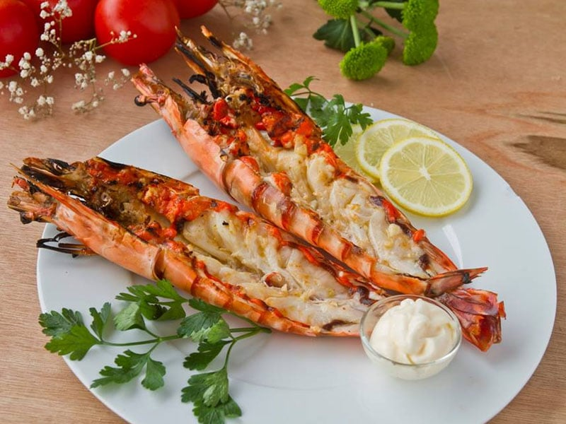 Pratos portugueses com frutos do mar