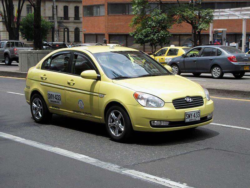 Táxi nas cidades da Colômbia