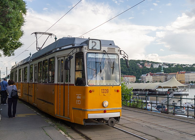 Bonde Budapeste