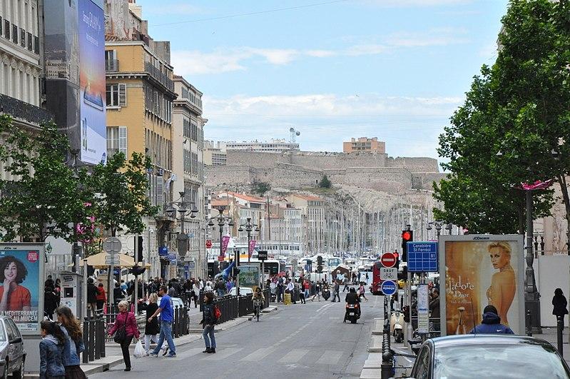como ir a centro de Marselha