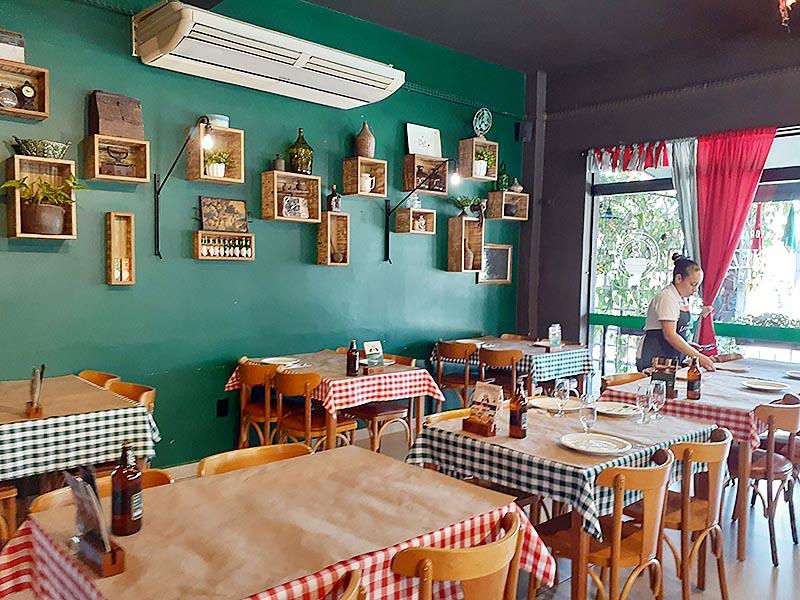 Restaurantes em Nova Veneza