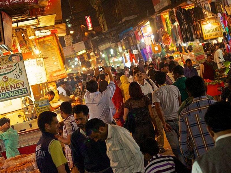 Lugares perigosos em Deli à noite