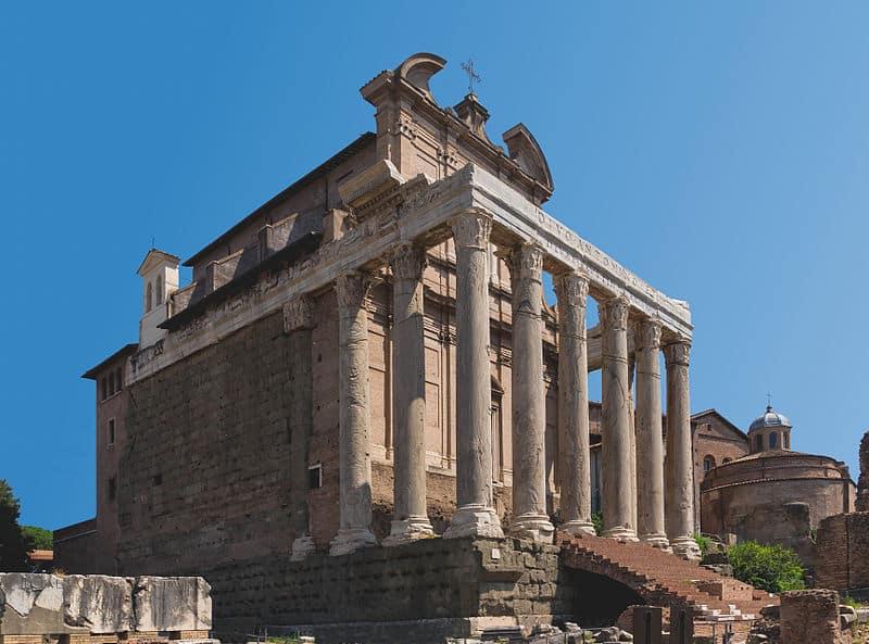 Fórum Romano: onde fica o Templo de Antonino e Faustina
