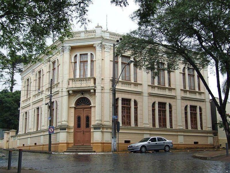 Passeio histórico em Curitiba