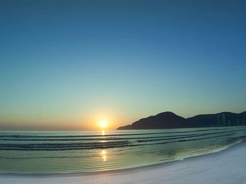 praia de camboriú praia central