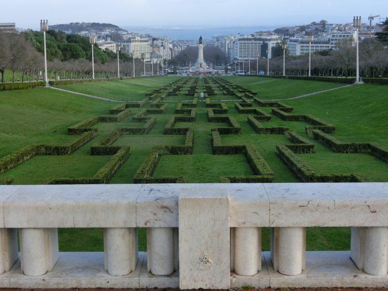 Jardins perto da Torre de Belém