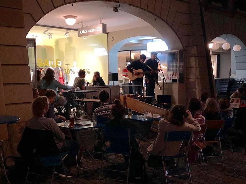 bar com música ao vivo na Suíça