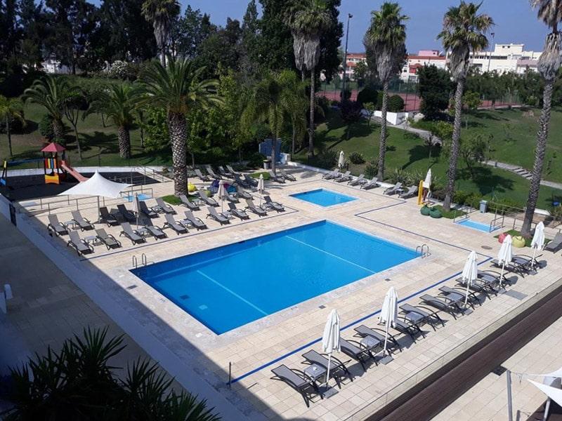 Hotéis com piscina em setúbal