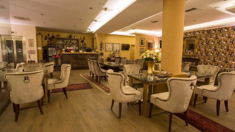 Restaurante Kavana Procaffe em Zagreb