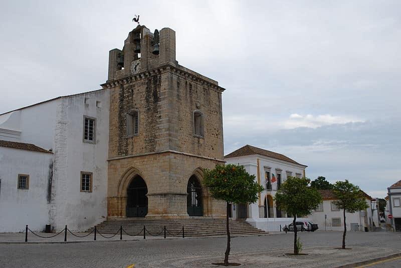 Praça da Sé em Faro