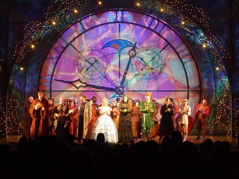Ingressos para musicais da Broadway em NY animados