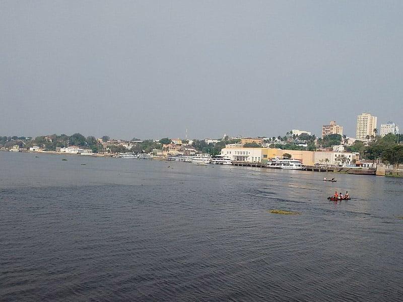 passeio de barco em corumbá
