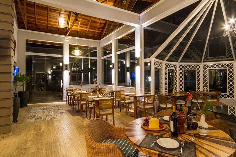Hotel ótima localização em Campos, SP
