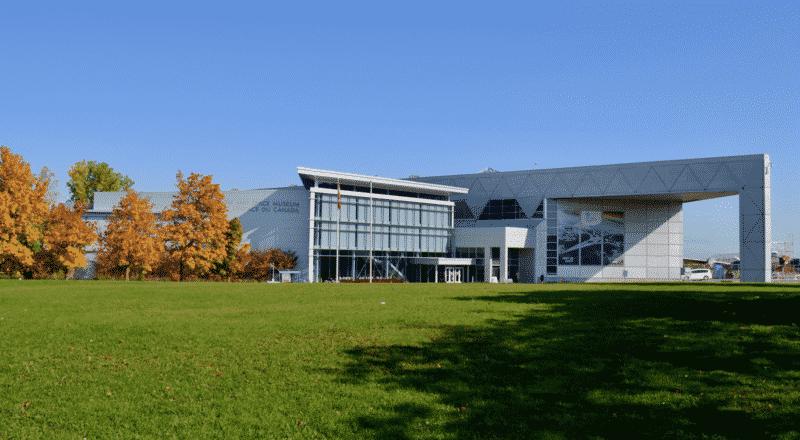 Museu de Aviação e Espaço