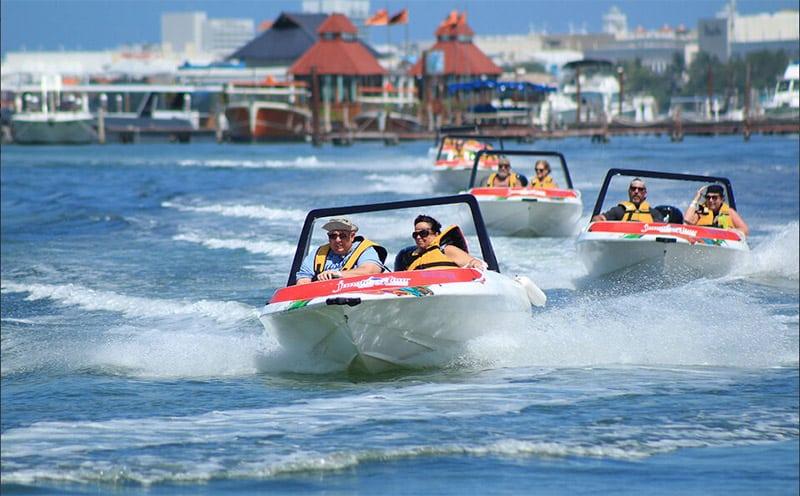 Tour de barco em Cancún