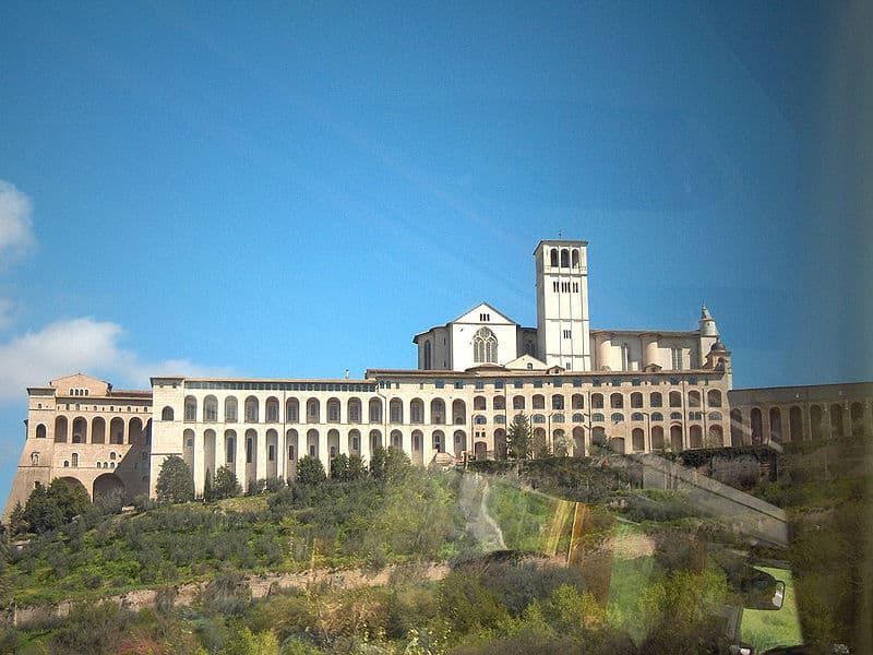 pontos turísticos de Assis Basílica de São Francisco