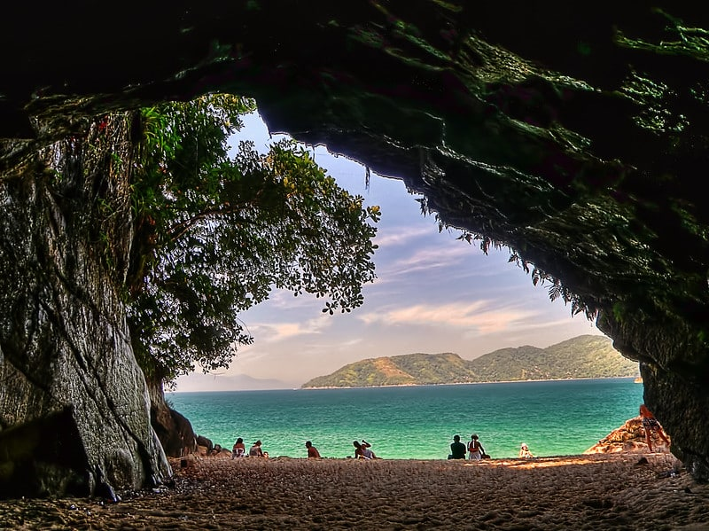 gruta ubatuba