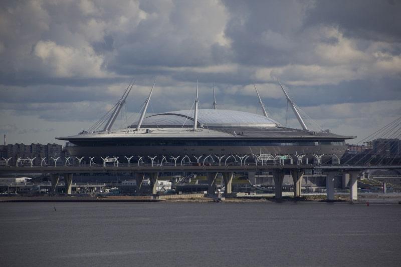 estádios de futebol mais bonitos Krestovsky Stadium