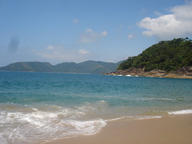 praia do lazaro ubatuba
