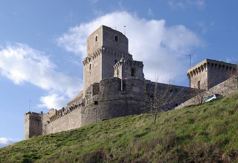 pontos turísticos de Assis Rocca Maggiore