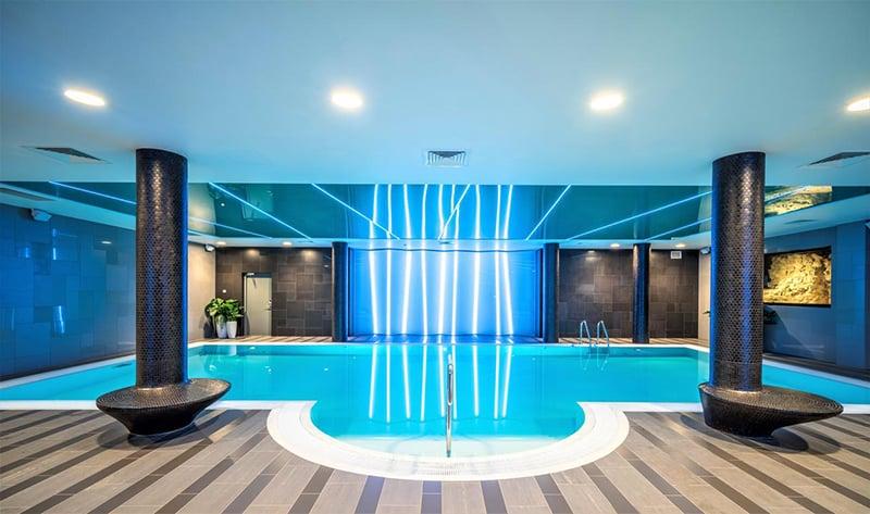 Hotéis com piscina em Riga
