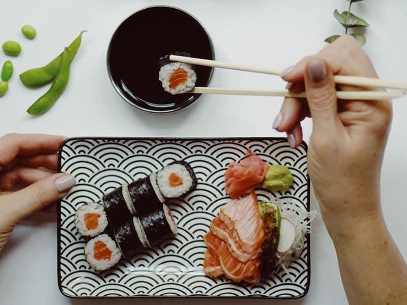 Comida japonesa na Letônia