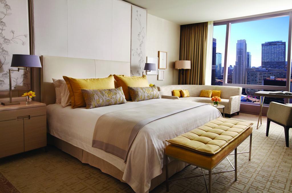 Hotéis em Toronto cinco estrelas