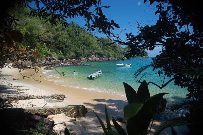 Ilha das Couves - Ubatuba de dia