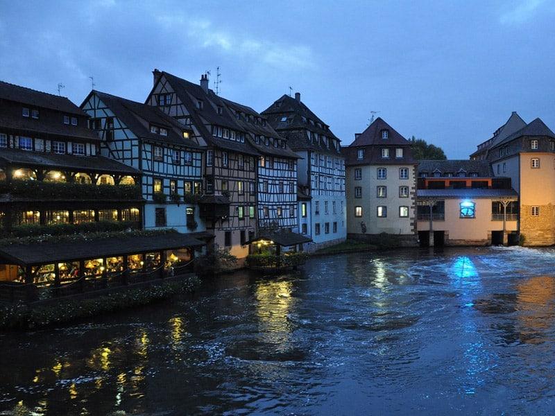 vida noturna em estrasburgo