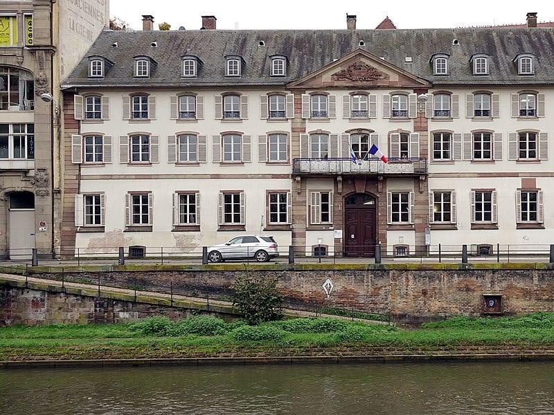 tem uber em estrasburgo?