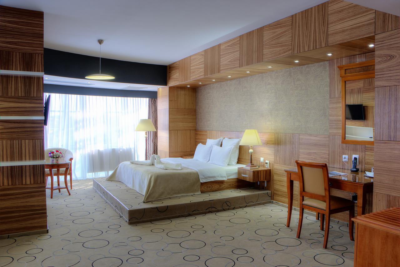 hotéis em Craiova