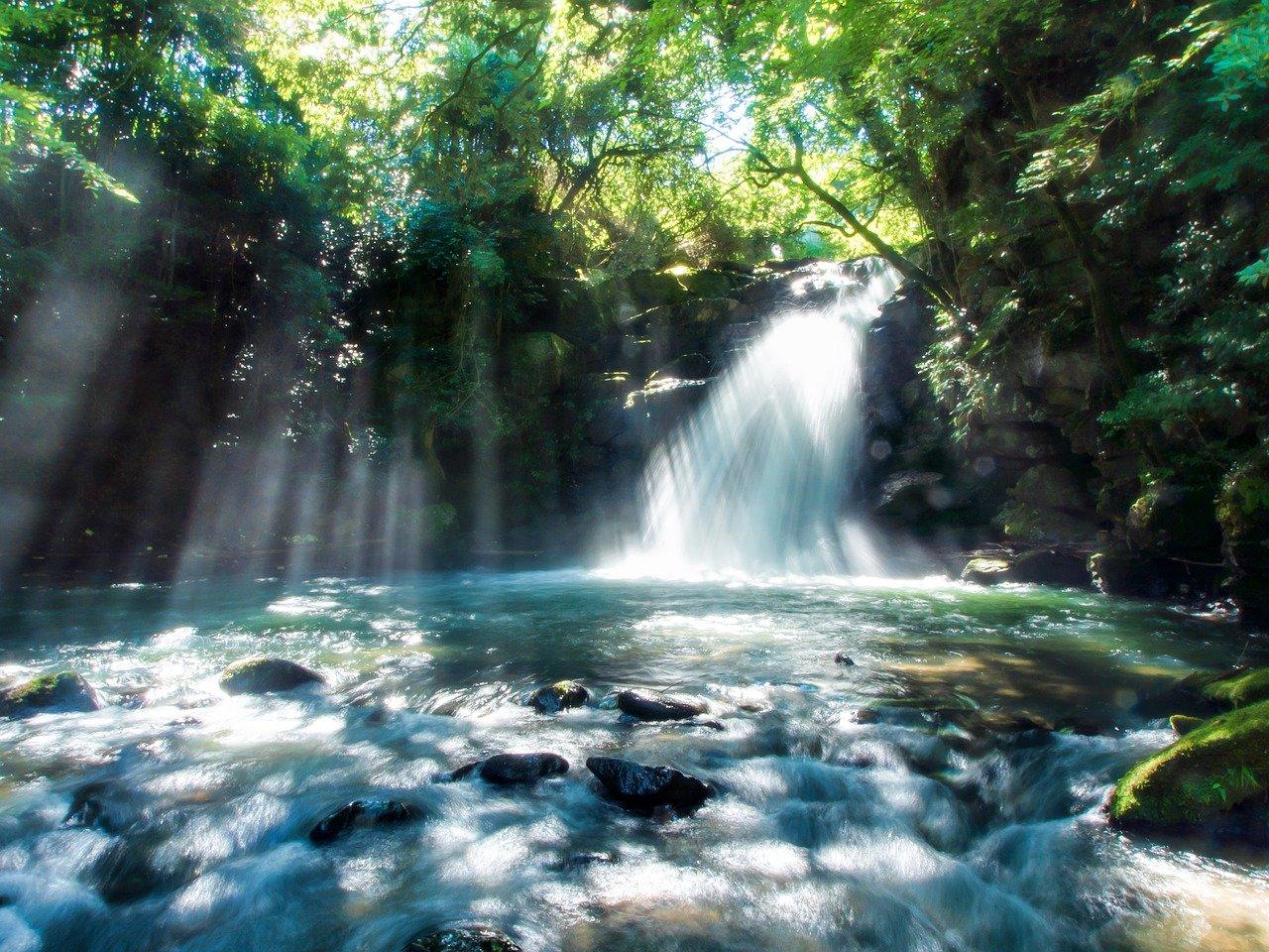 Cachoeira no Japão