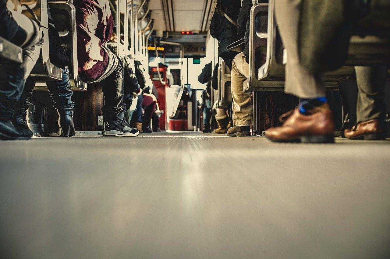 Ônibus de Assis para Milão
