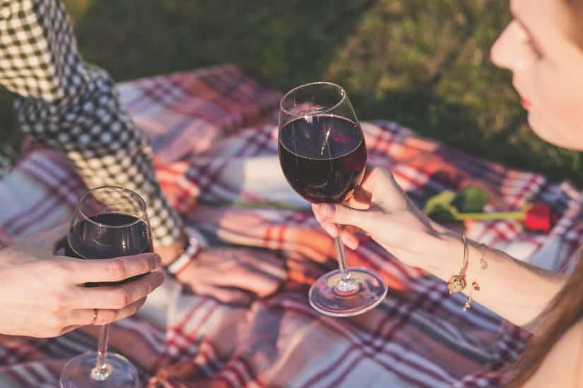 Piquenique com vinho em Assis
