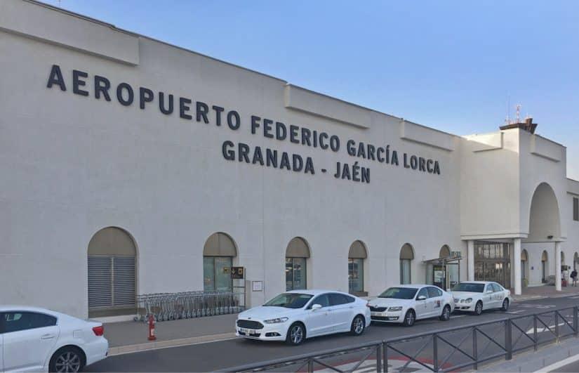 Como ir do Aeroporto de Granada para o centro