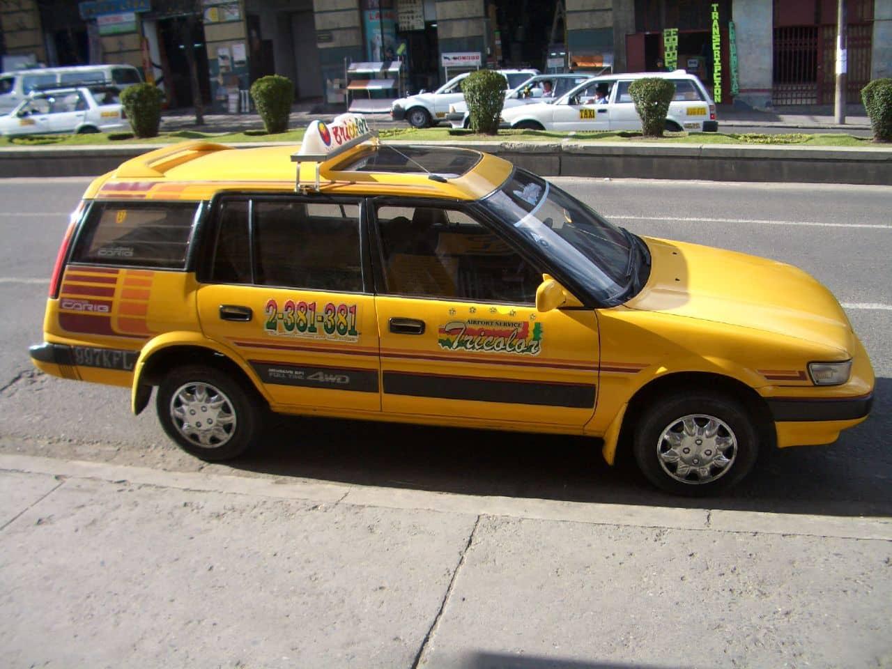 Táxi no aeroporto de Santa Cruz de la Sierra