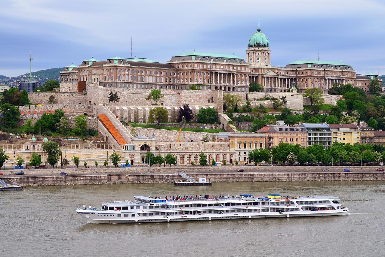 Tours para o Castelo de Buda
