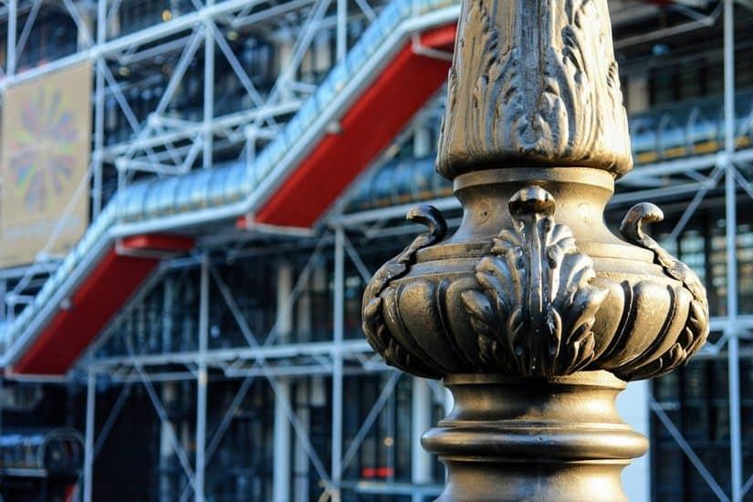 o centro georges pompidou mostra obras de arte de que século
